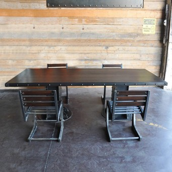 Table 2 pieds construction en acier brut poutre métallique riveté