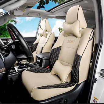 Couvres sièges design pour Land Cruiser Prado KDJ beige et noir avec le logo surpiqué