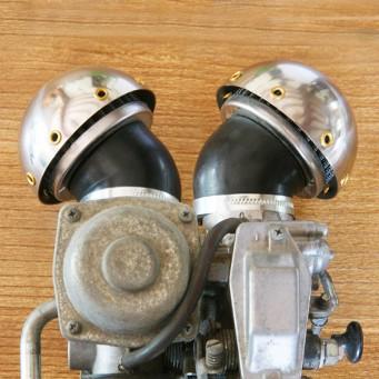 Boitier filtre à air vintage type champignon coudé 45°avec vieux rivet, carbu Ø 33mm à 60mm